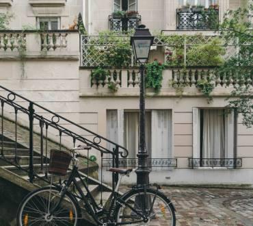 Paris – Romantik Hikayelerin Vazgeçilmez Şehri