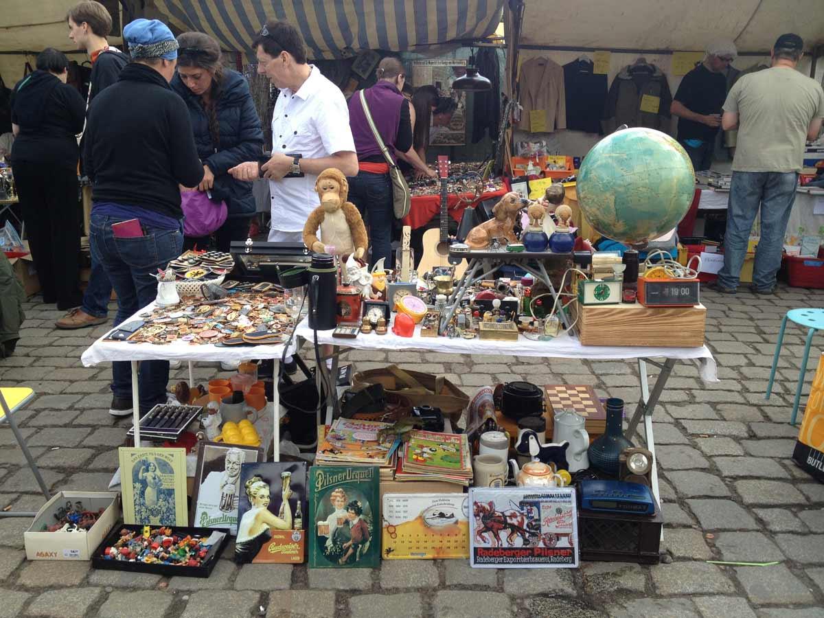 berlin Flohmarkt im Mauerpark Bitpazarı