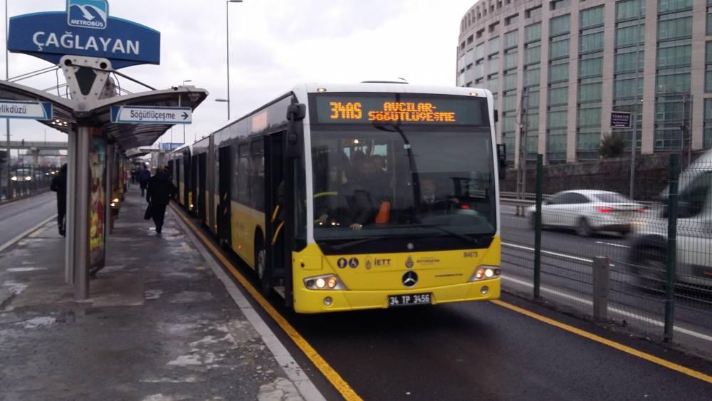 istanbul-içi ulaşım-metrobüs